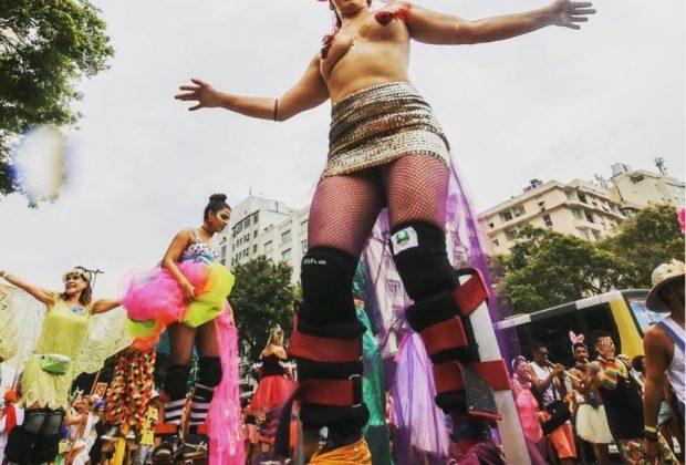 Elisa Caldeira sur les pernas de pau